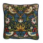 """Набор для вышивания Подушка """"William Morris Клубника"""" """"Bothy Threads"""" (Великобритания)"""