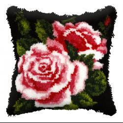 """Набор для вышивания Подушка ковровая OR4053 """"Розы на чёрном"""" 40х40см """"Orchidea"""""""