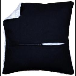 Обратная сторона подушки c молнией чёрная 45х45см