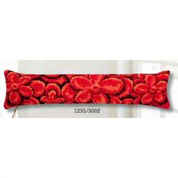 """Набор для вышивания Подушка от сквозняка """"Красные цветы"""""""
