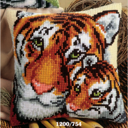 "Набор для вышивания Подушка ""Тигрица и тигренок"" 40х40см"
